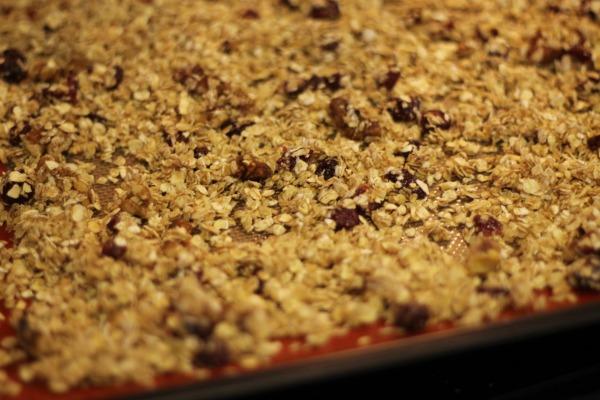 homemade granola bake
