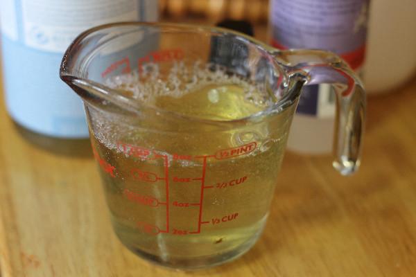 lavender bubble bath measuer