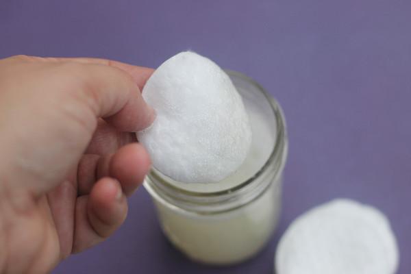 lavender wash face pad